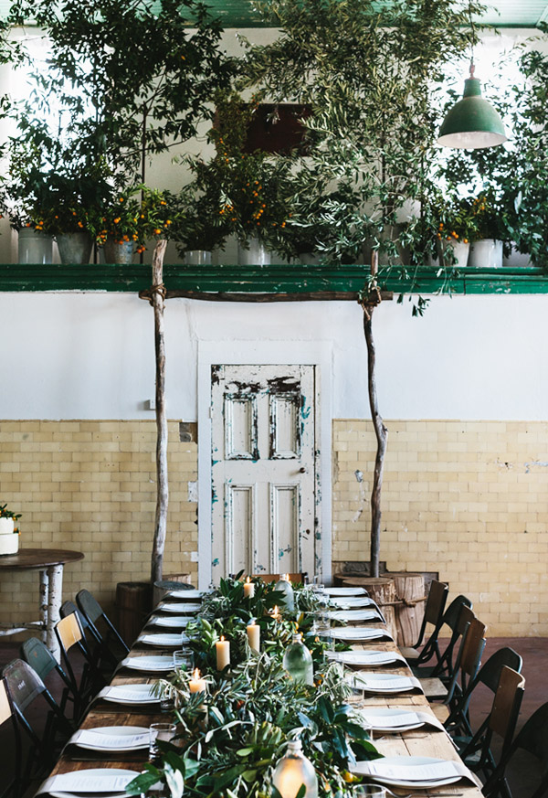 Foliage-centrepiece-and-arch