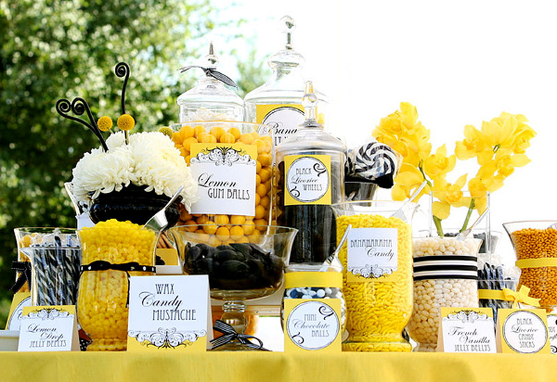 Yellow-and-black-candy-bar