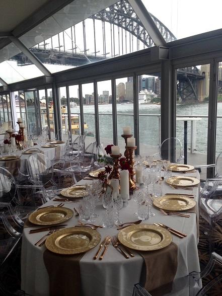 divine-events-luna-park-wedding-table-centrepiece